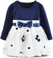 Нарядное платье с вышивкой маргаритки