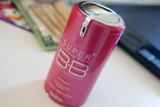 Многофункциональный увлажняющий питательный антивозрастной тональный BB крем с защитой от солнца Skin79 Hot Pink Super Plus BB Cream SPF25 PA++ 06
