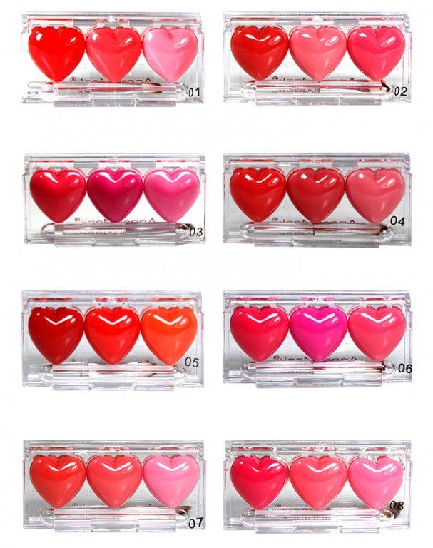 Оригинальный блеск для губ в виде трех сердечек по супер цене 02