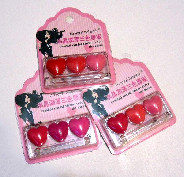 Оригинальный блеск для губ в виде трех сердечек по супер цене 05