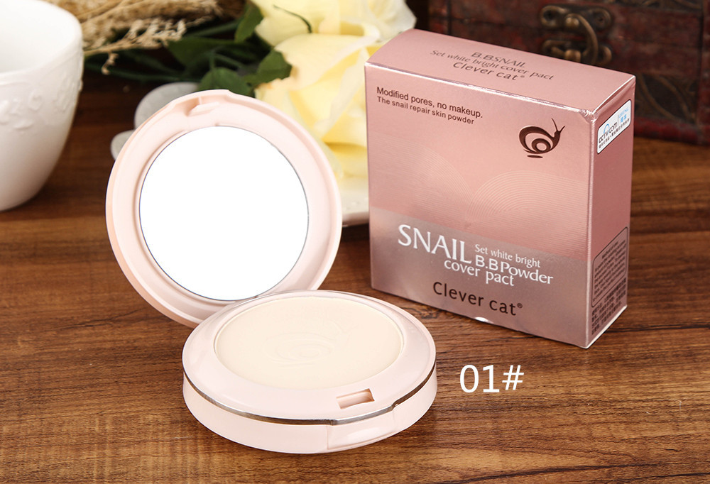 Компактная двойная пудра CLEVER CAT Snail BB с улиточным экстрактом 04