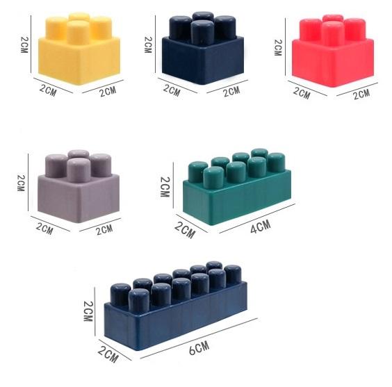 Игровой мини-столик с конструктором 07