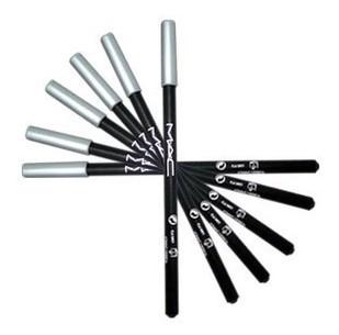 Контурный карандаш для глаз MAC