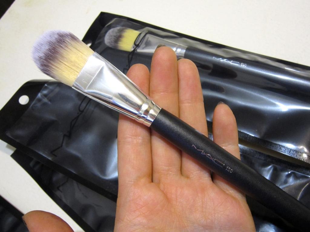 Профессиональная кисть Mac 190 для нанесения тональной основы, консилера, ВВ крема натуральная высококачественная 02