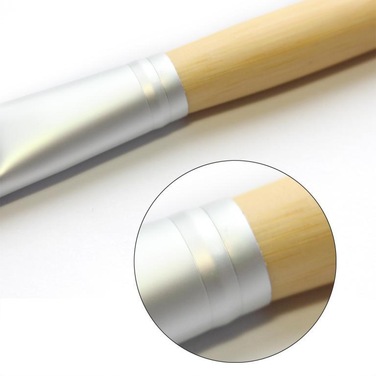 Кисть для нанесения тональной основы,  консилера, ВВ крема натуральная высококачественная 06