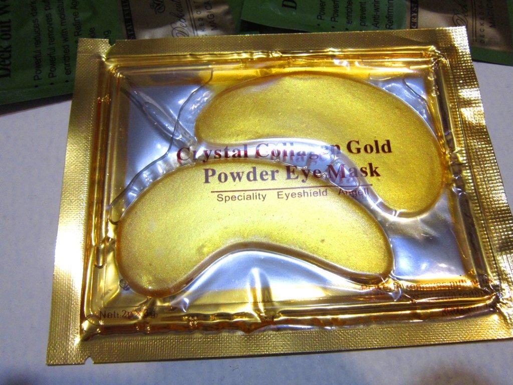 Коллагеновые маски под глаза с био-золотом Crystal Collagen Gold Powder Eye Mask 03