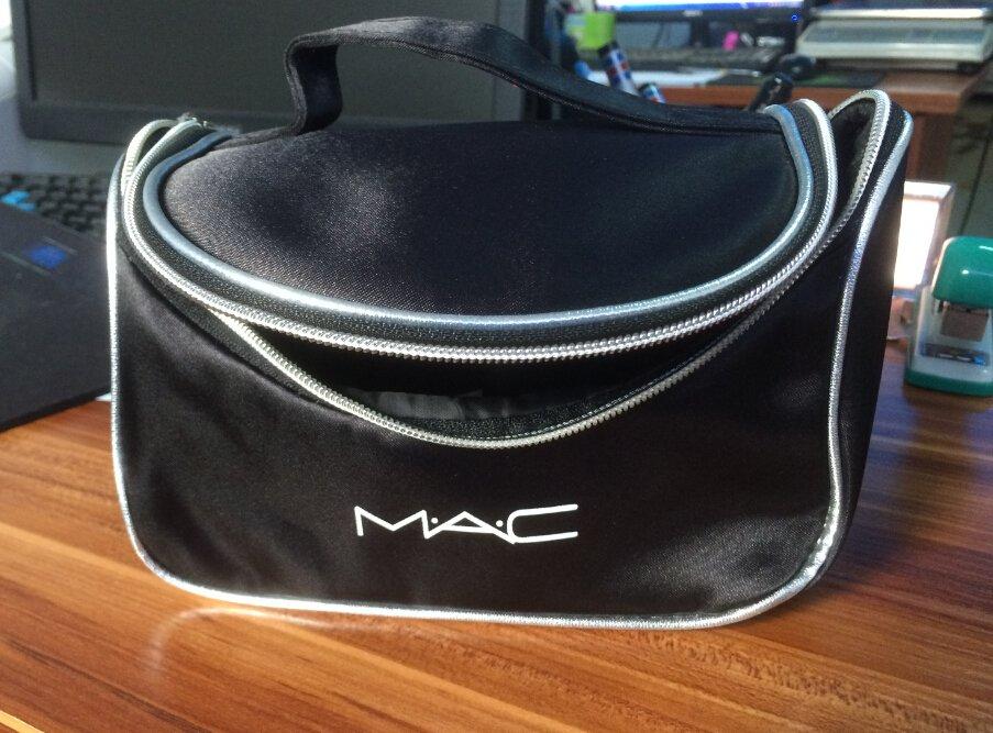 Вместительный кейс для косметики (косметичка) с логотипом Mac 06