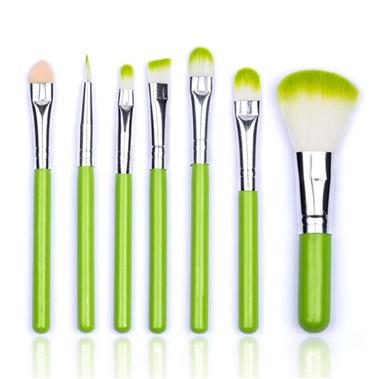 Компактный набор кистей для макияжа 7 кистей 06