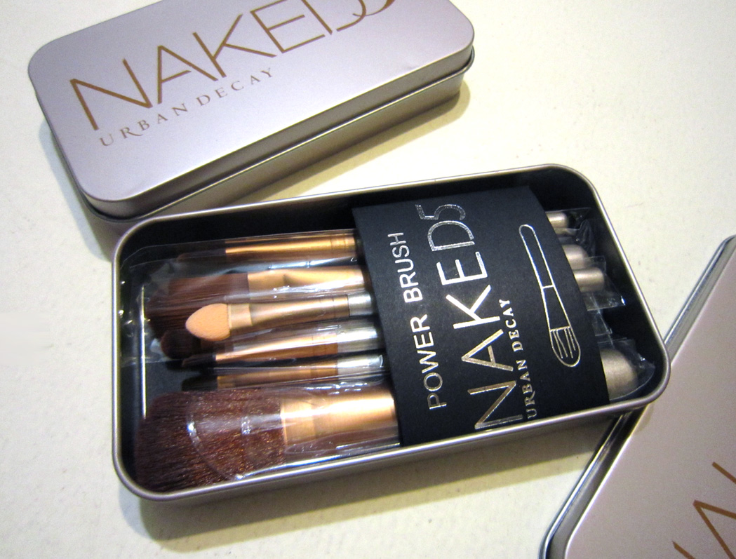 Набор кистей для макияжа Naked5 из 7 кистей 08