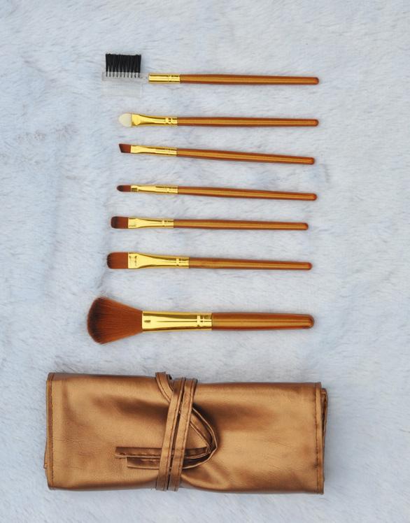 Набор кистей для макияжа из 7 кистей Золотой и Серебряный 03
