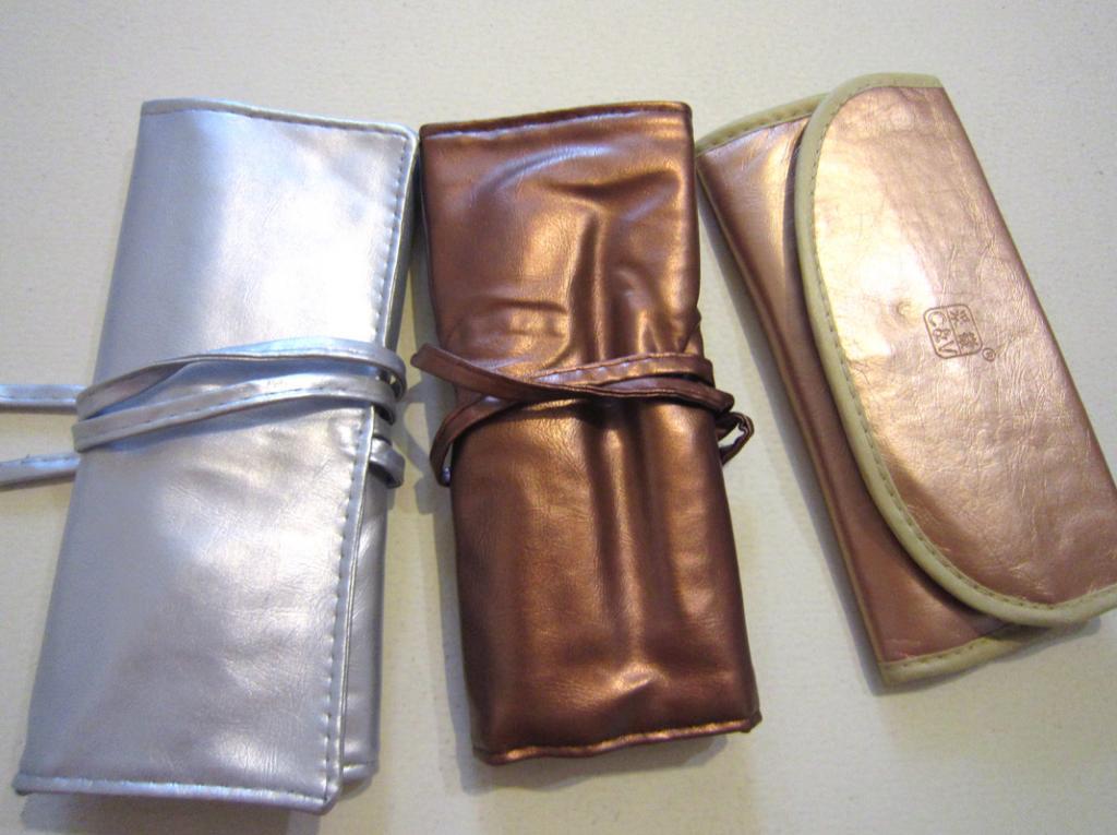 Набор кистей для макияжа из 7 кистей Золотой и Серебряный 04