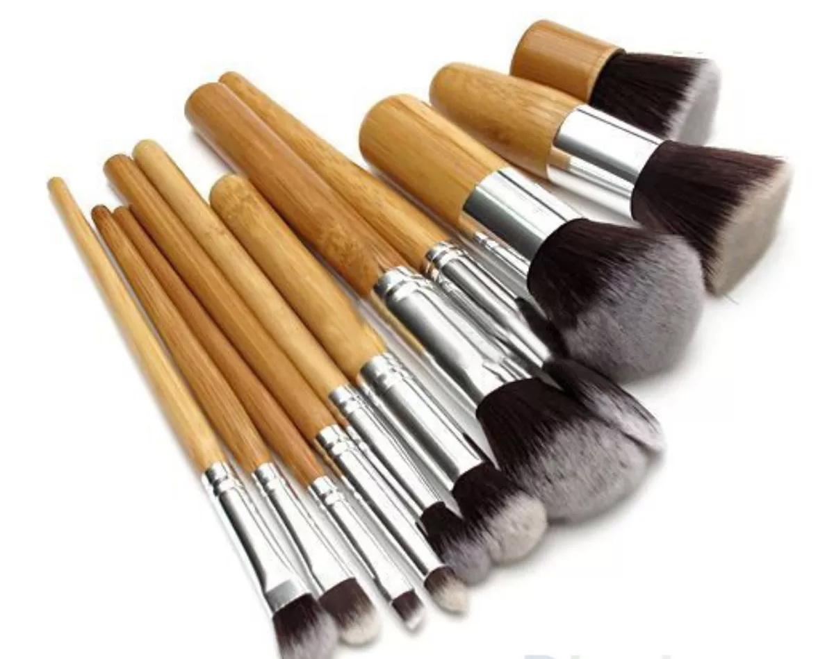Набор таклоновых кистей с бамбуковыми ручками 11 шт. 08