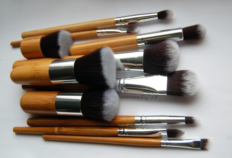 Набор таклоновых кистей с бамбуковыми ручками 11 шт. 07
