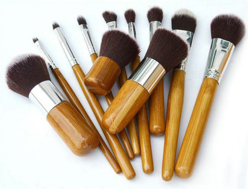 Набор таклоновых кистей с бамбуковыми ручками 11 шт. 01