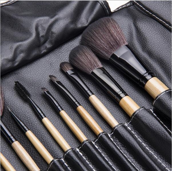 Набор кистей для макияжа 12 кистей 03