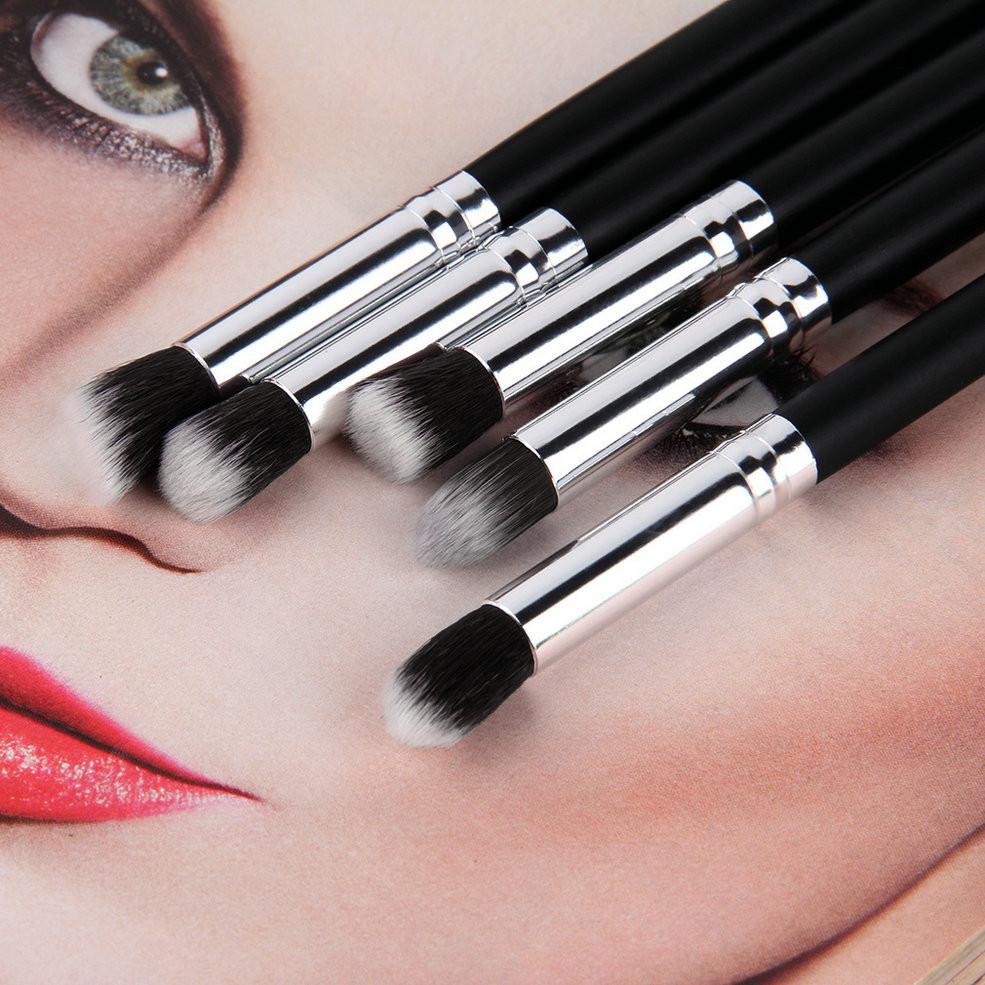 Универсальный набор кистей для макияжа 5 штук 08