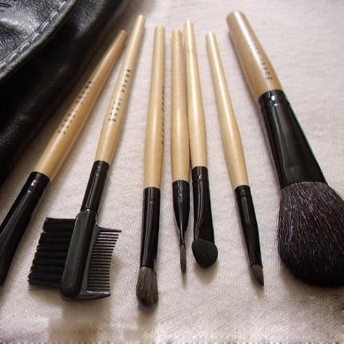 Набор кистей для макияжа Bobbi Brown 7 кистей 01