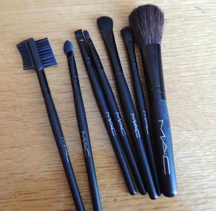 Набор кистей для макияжа Mac 7 кистей 02