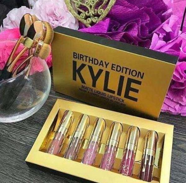 Лимитированный набор жидких матовых помад Kylie Birthday Edition 04