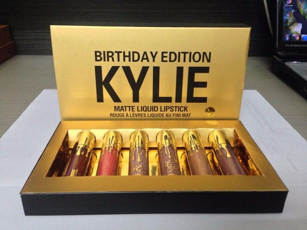Лимитированный набор жидких матовых помад Kylie Birthday Edition 07