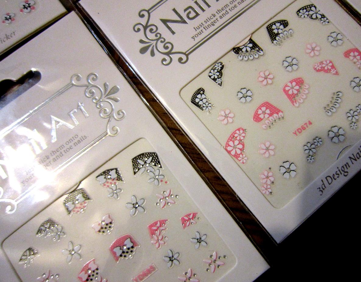 Самоклеящиеся 3D объемные наклейки для дизайна ногтей в розово-черных цветах 02