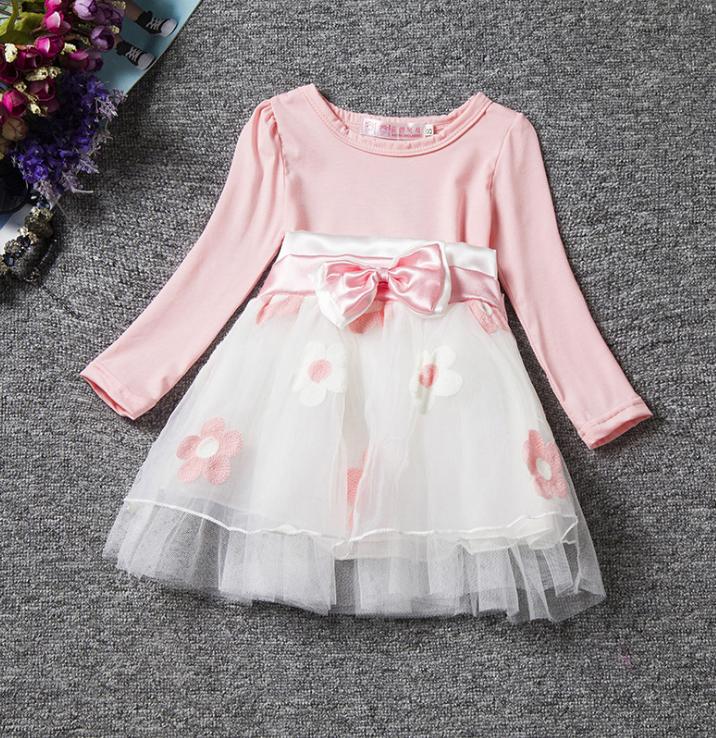 Нарядное платье с вышивкой маргаритки 08