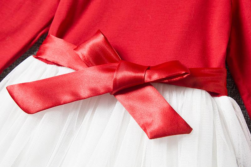 Нарядное платье с вышивкой маргаритки 05