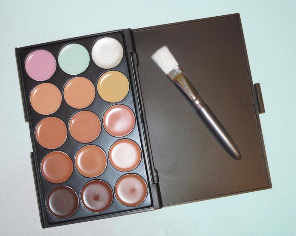 Профессиональная палитра консилеров (корректоров) 15 цветов - незаменимая для макияжа! 01