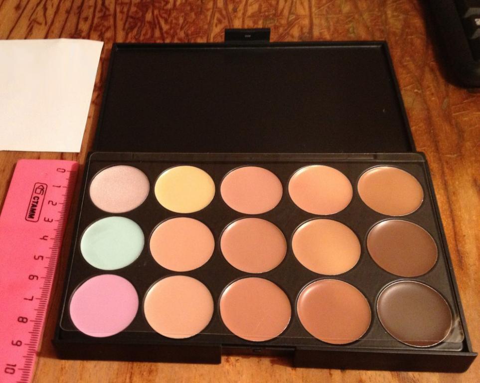 Профессиональная палитра консилеров (корректоров) 15 цветов - незаменимая для макияжа! 02