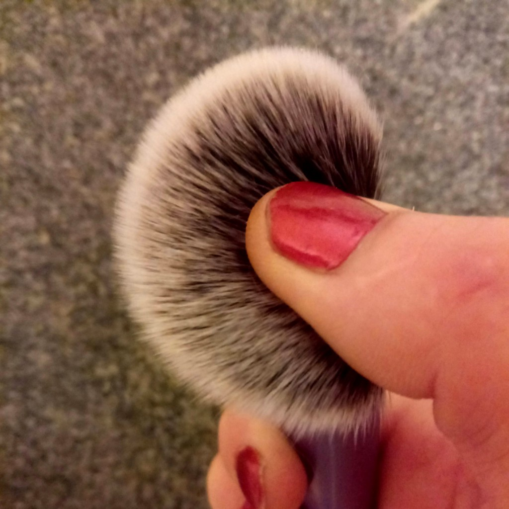 Real Techniques Blush brush для скульптурирования лица 06