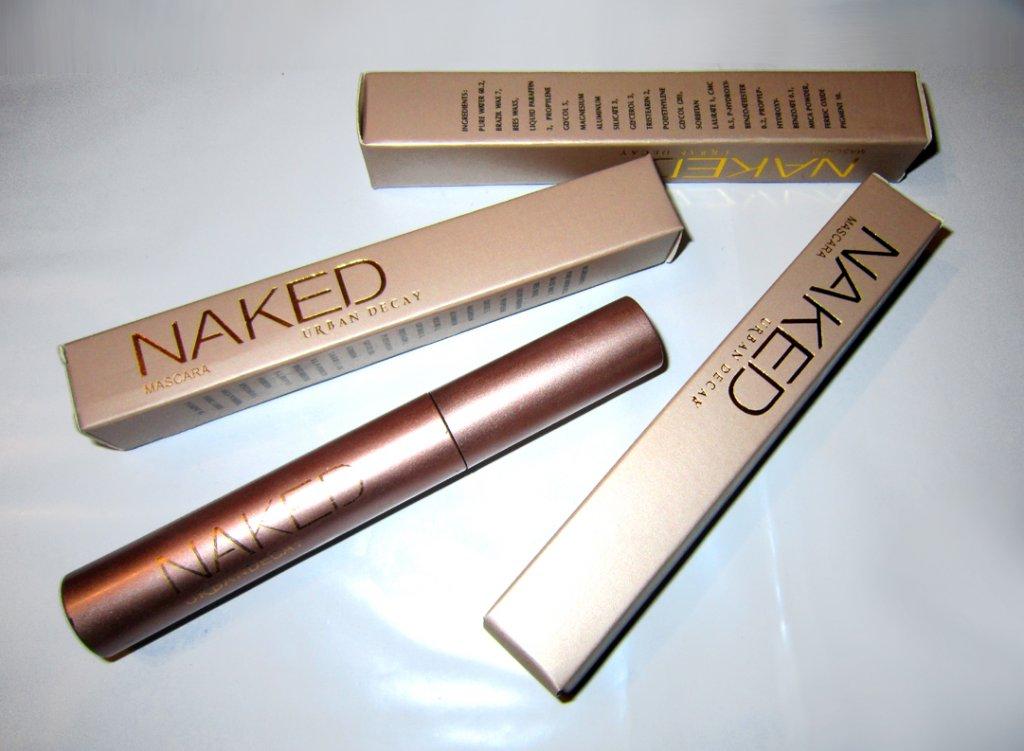Классическая тушь для ресниц Naked с эффектом естественных ресниц 06